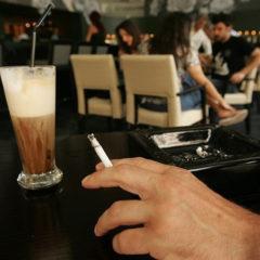 Καμπάνα 6.000 ευρώ σε λέσχη καπνιστών στη Θεσσαλονίκη