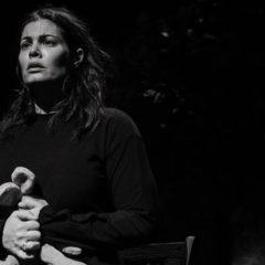 Ο Σπαρακτικός Μονόλογος «Τζόρνταν» στο θέατρο Αυλαία με την Μαρία Κορινθίου