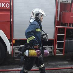 Σε εξέλιξη φωτιά σε διαμέρισμα στις Συκιές Θεσσαλονίκης