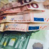 ΟΠΕΚΑ: Ποια επιδόματα καταβάλλονται σήμερα – Οι δικαιούχοι