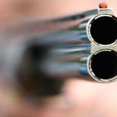 Θεσσαλονίκη: Πυροβόλησε τη γειτόνισσά του με καραμπίνα μετά από καυγά